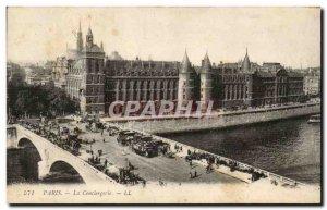 Paris Old Postcard The concierge