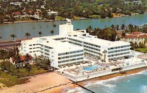 MONTMARTRE Miami Beach, Florida Hotel ca 1960s Vintage Postcard