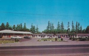 Pine Motel on Highway 2,  Scarboro,  Ontario,   Canada,  40-60s
