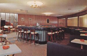 Main Cocktail Lounge,Sylvia Peterson's Evergreens,Dundee,Illinois,40-60s