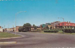 Entree ouest de la ville,  Rimouski,  Quebec,  Canada,  PU_1970