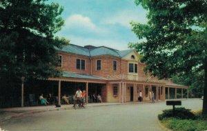 USA Virginia Williamsburg Lodge Williamsburg 04.13