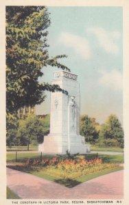 REGINA , Saskatchewan , Canada ,1930s ; Cenotaph in park