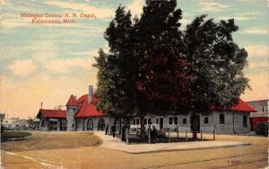 Kalamazoo Michigan Central Railroad Depot~Men under Trees~c1910 Detroit News Pc