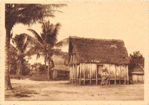 Madagascar Betsileo Sur le cote Est Village de Namorona