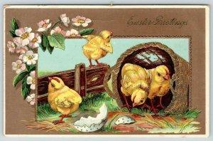 Easter~Chicks Hatch~Polka Dot Egg~Barnyard Basket & Fences~Gold Leaf~GEL Germany
