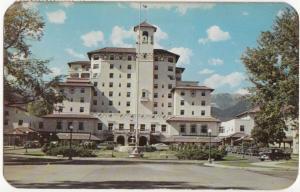 Front Vista of the Broadmoor Hotel, Colorado Springs, 1953 used Postcard