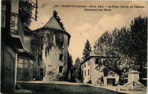 CPA  Chamoux (Savoie) -310 m d'alt - La Place -Entrée du háteau-Monument(651784)