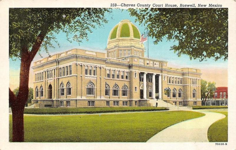 ROSWELL, NM New Mexico  CHAVES COUNTY COURT HOUSE  Courthouse  c1940's Postcard