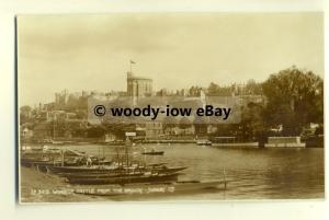 tp8091 - Berks - Windsor Castle & Thames from Brocas - Postcard - Judge's Ltd