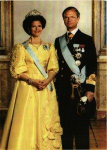 CPM AK King Carl XVI Gustaf and Queen Silvia SWEDISH ROYALTY (845373)