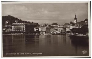 GMUNDEN AUSTRIA HOTEL AUSTRA u. LANDUNGSPLATZ POSTCARD 1930s
