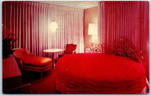 Reno, Nevada Postcard NUGGET MOTOR LODGE The Bridal Room Round Bed 1964 Cancel