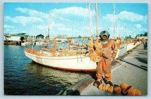 Postcard FL Tarpon Springs Sponge Diver & Sponge Boats c1950s T11