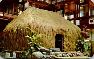 Hawaii Honolulu BIshop Museum Hawaiian Hall Grass House