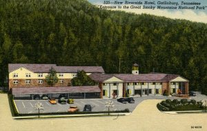 TN - Gatlinburg. New Riverside Hotel
