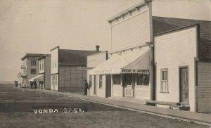 RP: VONDA , Saskatchewan, 1900-10s ; Main Street