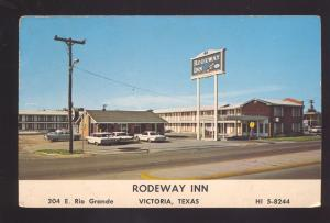 VICTORIA TEXAS 1960's CARS RODEWAY INN MOTEL VINTAGE ADVERTISING POSTCARD