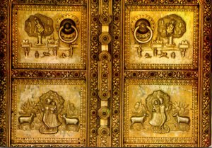 India Jaipur Golden Door With Intricate Carvings