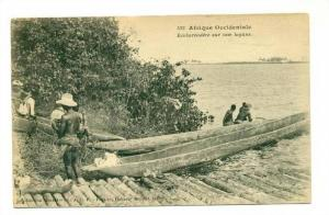 Afrique Occidentale , Embarcadere sur une lagune, 00-10s