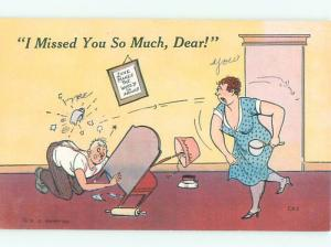Linen Comic ANGRY WIFE THOSE OBJECTS AT HUSBAND AC0097