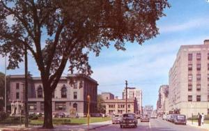WI - Green Bay, Walnut Street Looking West