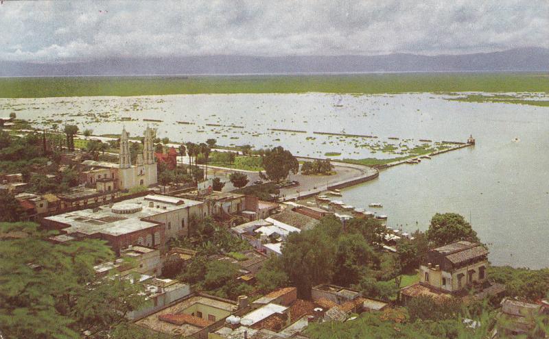 Pueblo y Lago de Chapala , Jalisco , Mexico , 1972