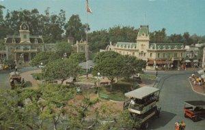 DISNEYLAND , California , 1962 ; Town Square - Main Street