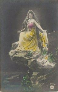 RP: Cherub pushing woman off of a cliff , 1901-07