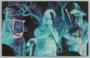 Orlando Disney World FL~Ghosts Play Harp, Horn & Bagpipes~Haunted Mansion~1950s