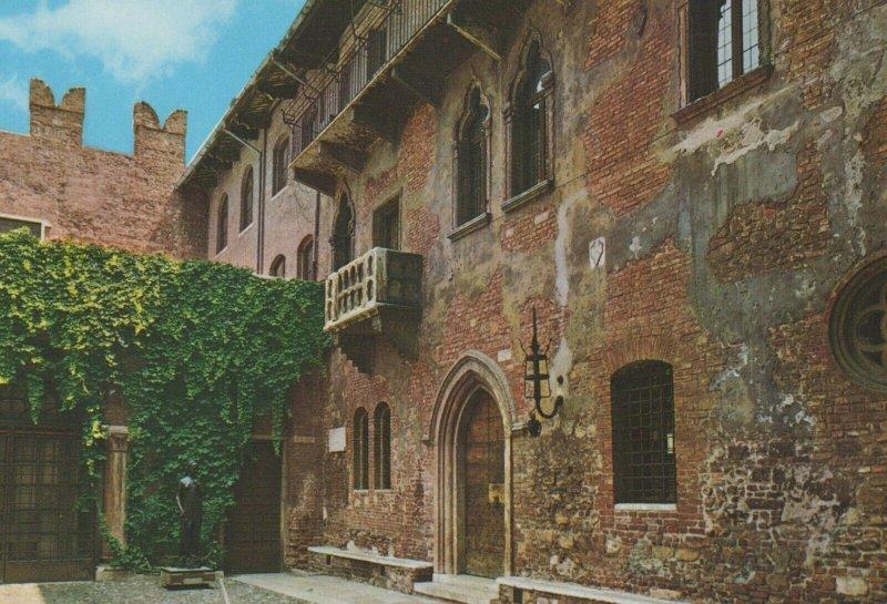 Juliet's House - Verona - Vintage Postcard