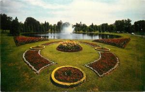 St Louis Missouri~Flowers Around Round Lake~ Forest Park~1960s Postcard