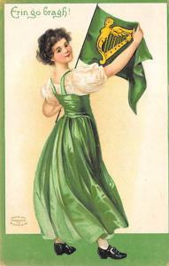 Artist Ellen Clapsaddle St. Patricks Day Postcard 1910