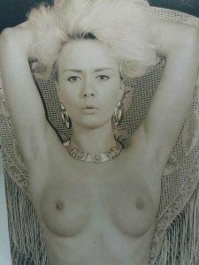 Vintage Postcard Topless Glamour Model Pinup Michelle Louise 1990 Delapre Pub