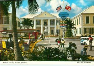 Rawson Square Nassau Bahamas Main Post Office Queen Victoria    Postcard  # 8705