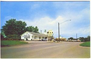 Hopkinsville KY Coach & Four Restaurant Old Cars Postcard