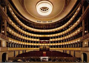 Vienna Interior view of the Opera House, Innenaufnahme der Staatsoper