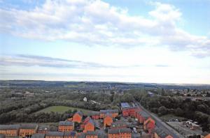 Aerial View Postcard Barnsley Measbro' Dyke Kendray Hill, Ardsley in Distance 6B