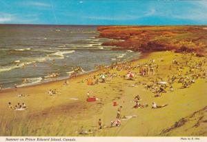 Summer on Prince Edward Island, The Beautiful Beach Life on the Holiday Islan...