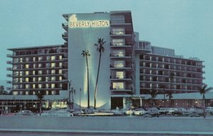 BEVERLY HILLS, California , 50-60s , Beverly Hilton Hotel
