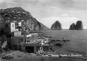 Italy Capri Marina Piccola e Faraglioni Boats Bateaux