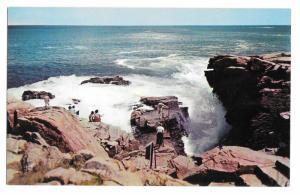 Thunder Hole Tourists Acadia National Park Mt Desert Island ME Vintage Postcard