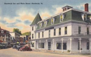 HARDWICK , Vermont , 1930-40s ; Main Street & Hardwick Inn