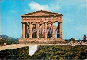 Postcard Modern Agrigento Tempio della Concordia in Con Fondo he Tempio di Gi...