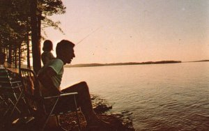 Greenwood State Park, SC, Fishing on the Lake, Chrome Vintage Postcard g9025