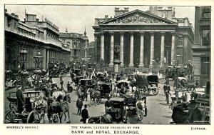 UK - England, London. Famora Carriage Crossing, Bank & Royal Exchange