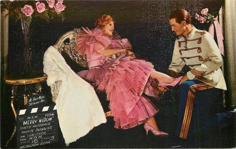 Buena Park CA~Movieland Wax Museum~Merry Widow~MacDonald~Chevalier~1965