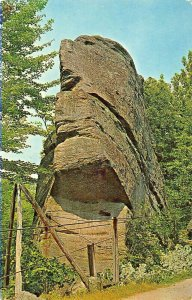 OLEAN NY~ROCK CITY PARK~FACE IN THE ROCKS POSTCARD