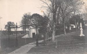 Belle Plaine Iowa~Oak Hill Cemetery~Civil War Soldier~Tomb~Stones~1905 RPPC
