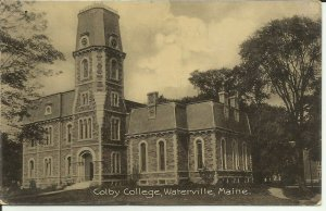 Waterville, Maine, Colby College